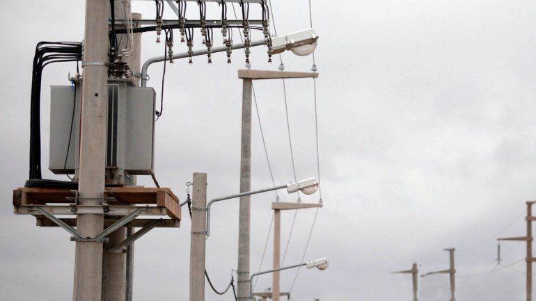 A CALF hasta las grandes empresas le roban energía