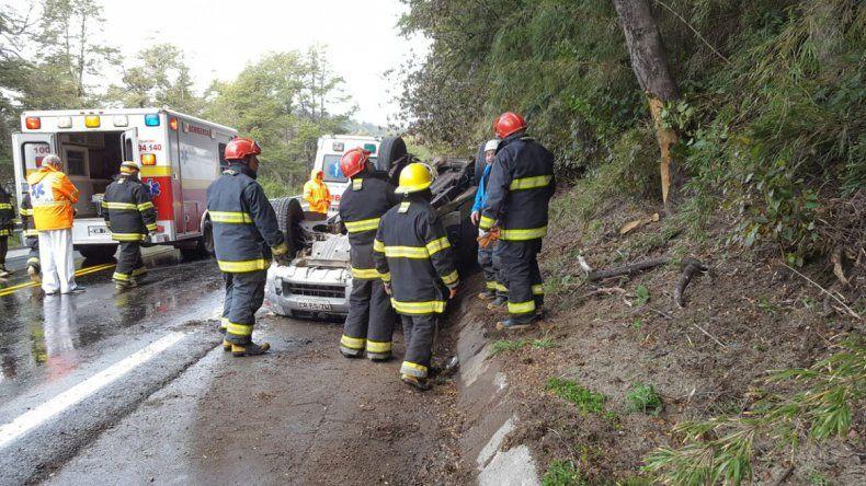Impresionante vuelco: cuatro turistas chilenos heridos