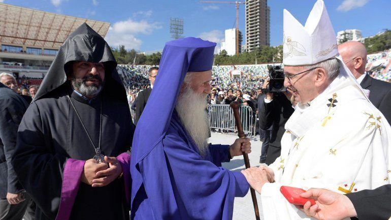 Francisco cerró su visita con pedido de unidad entre los cristianos