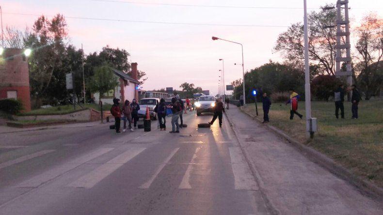La UOCRA levantó los cortes en los puentes interprovinciales y en las rutas del interior