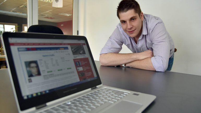 Juan Ignacio Nacho Argüello es el primer neuquino que se presta para alquilar amistad.