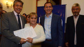 Gutiérrez y el vicegobernador, Rolando Figueroa, se mostraron juntos ayer en un acto protocolar.