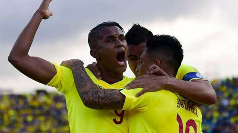 Ecuador le ganó a Chile 3 a 0 y lo complicó para la clasificación