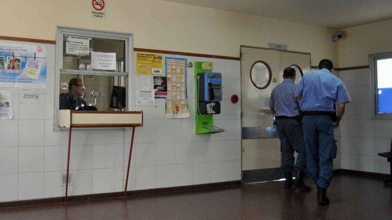Una ambulancia trasladó al trabajador de Cliba hasta el hospital Heller