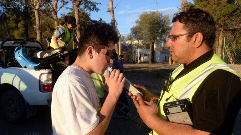 El proyecto plantea que la Policía ayude a los municipios con los controles.