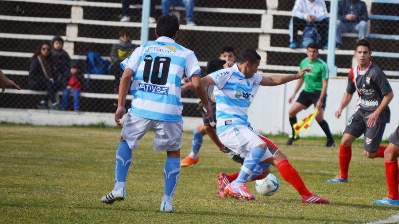 El Gallo y el Rojo ganaron con goleada en sus respectivos debuts y ahora estarán frente a frente.