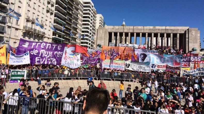 Miles de mujeres participan de un encuentro federal por sus derechos