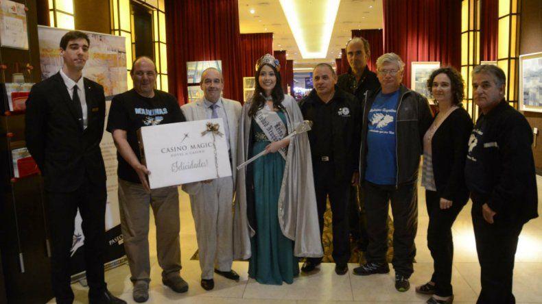 El Centro de Veteranos recibe premio por ser la organización apadrinada