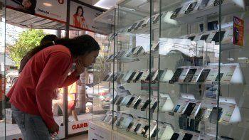 Telefonía celular y planes de autos
