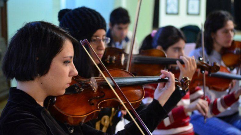 El evento musical es por la escuela Señora de la Guardia.