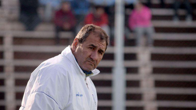 El entrenador del mejor equipo neuquino en el Federal B pone cautela