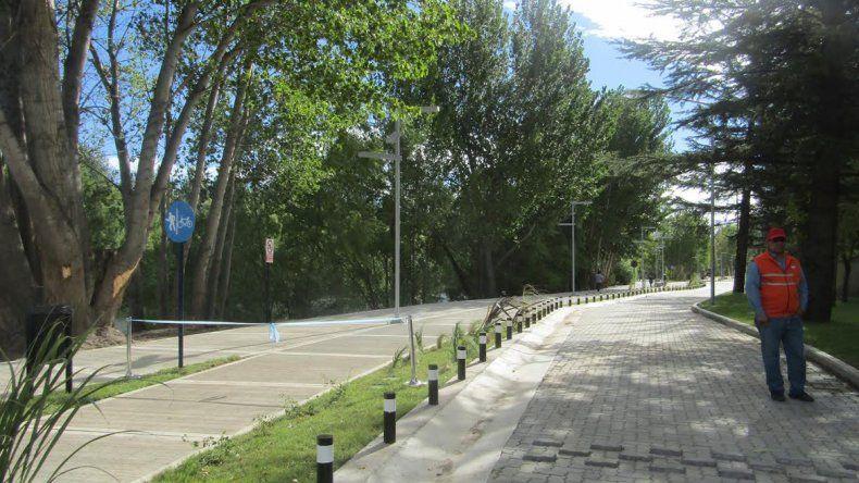 Piden al municipio que construya baños públicos en el Paseo Costero