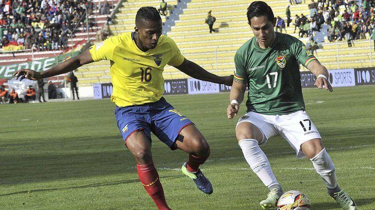 Ecuador empató con Bolivia sobre el final y está tercero