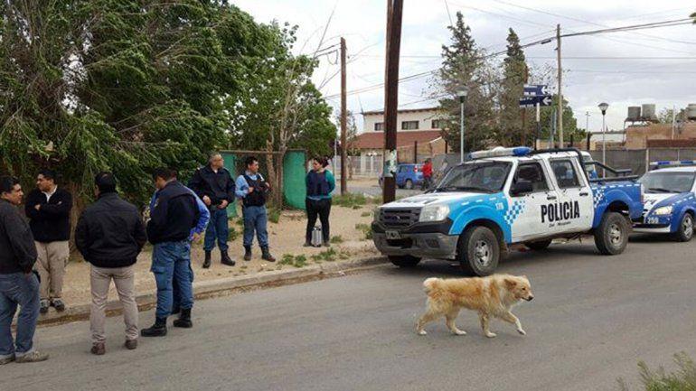 Una persecución terminó con tres detenidos, droga y un arma secuestrada y un móvil baleado