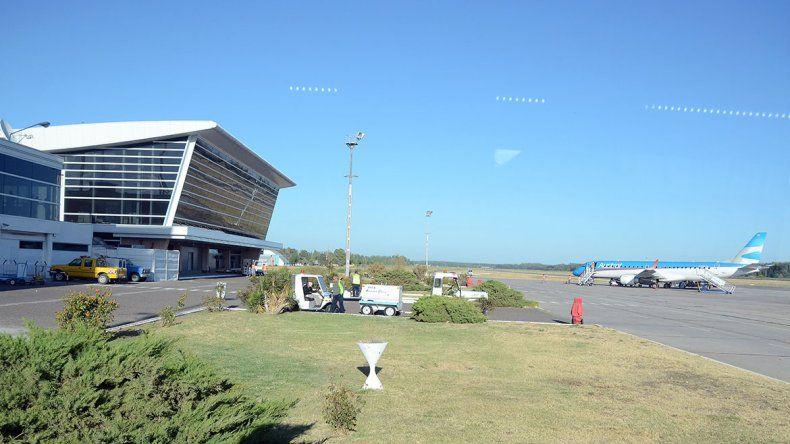 Una huelga en Aeroparque afectó vuelos a Neuquén