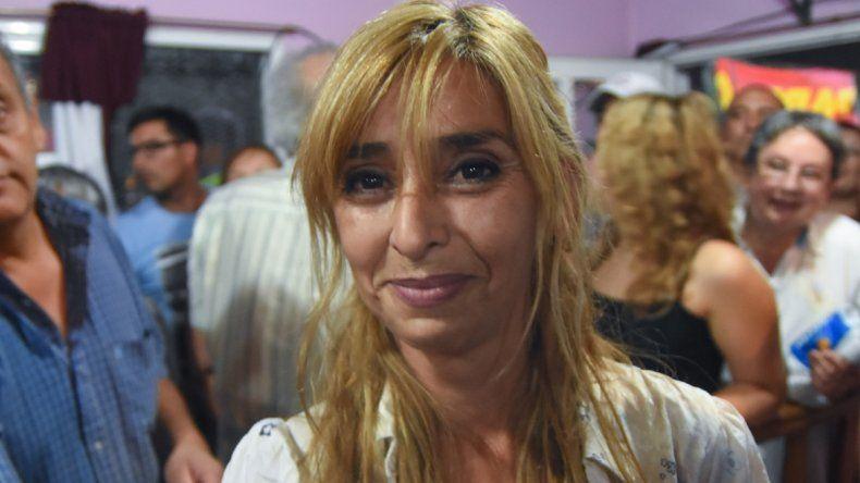 Alejandra Guala: No se le puede cargar la deuda a la ciudad.