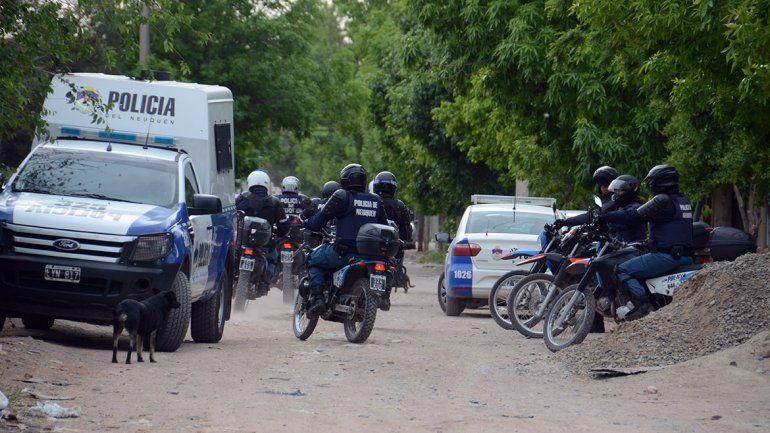 Nueve detenidos en un megaoperativo en el oeste: secuestraron armas y municiones