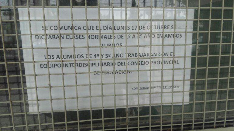 Apareció otra amenaza en el baño de mujeres del CPEM 49: La masacre todavía no termina