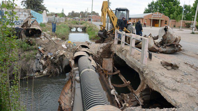 Arreglaron un caño que había dejado sin agua a Canal V