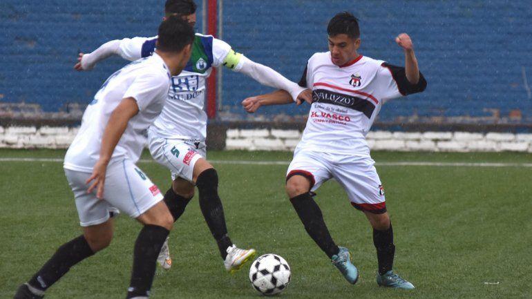 Maronese superó al Funebrero y lidera el grupo 1 con puntaje ideal.