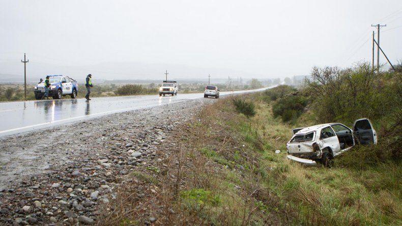 Dos heridos al despistarse sobre la Ruta 40