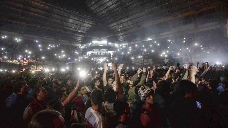 Cinco mil personas disfrutaron del show durante más de dos horas