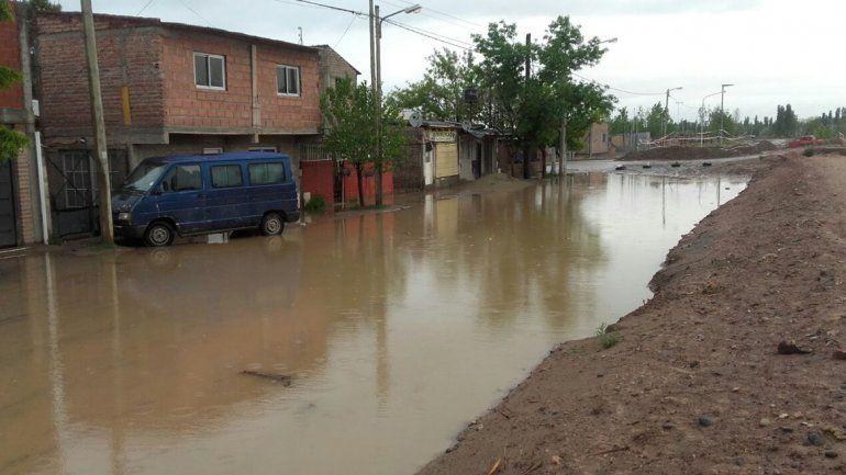 Calles Dr. Ramón y Necochea del barrio San Lorenzo.
