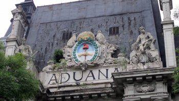 Cae un ex funcionario de Aduana y buscan al cuñado de De Vido