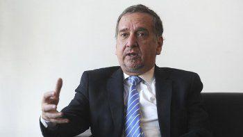 Un ministro dice que si no hay plata renunciará