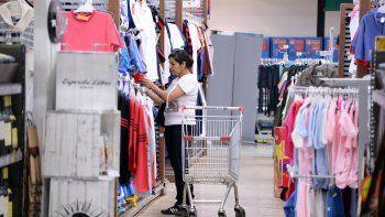 En los productos de primera necesidad no se notó tanto la baja en las ventas, pero sí en otros rubros como ropa y electrodomésticos.