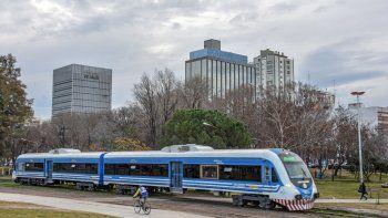 nacion no ampliara el tren del valle porque priorizara el transporte aereo en la region