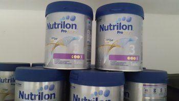 Prohíben la venta de dos lotes de leche en polvo en todo el país