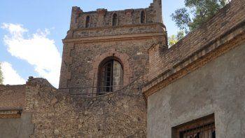 La torre donde vivió Eduardo Talero es motivo de cruces políticos.