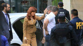 CFK irá a Comodoro Py pero le pide a la militancia que no vaya