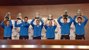 Los campeones de la Copa Davis se mostraron con la ansiada Ensaladera. Luego visitaron al presidente Mauricio Macri en Casa Rosada.