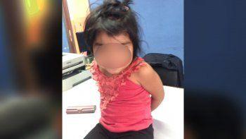 aparecio deambulando una nena de 2 anos y nadie la reclama