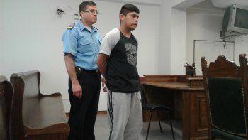 Jonathan Lefín junto a su defensor durante la audiencia de acusación.