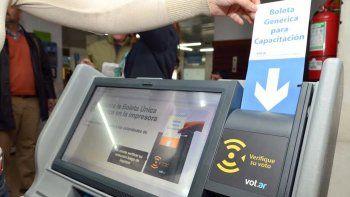 La ciudad de Neuquén ya implementó la boleta única electrónica en las elecciones municipales de 2015 y ahora la provincia busca hacer lo mismo en 2019.