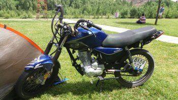 La Motomel 150 cc desaparecida del predio de secuestro municipal de Parque Industrial que custodia la Policía.