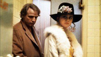 Marlon Brando y Maria Schneider en una escena del polémico film.