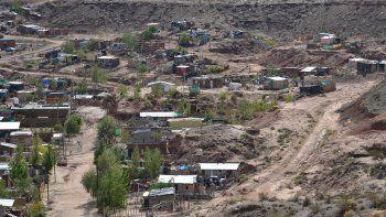 nueva esperanza: sin agua, amenazan con cortar la autovia