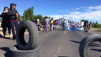 Trabajadores de Molarsa sobre Ruta 7.