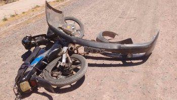 choco a una moto y huyo, pero se olvido la patente
