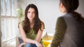 la primera visita al ginecologo, una duda de hijas y de madres