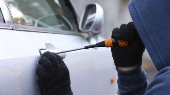 preocupante: cada dia se roban 434 autos en el pais