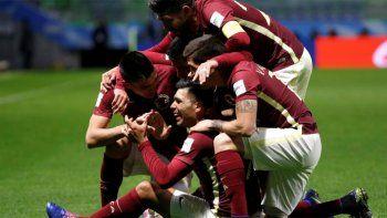 con goles argentinos, el america se clasifico y jugara contra real madrid