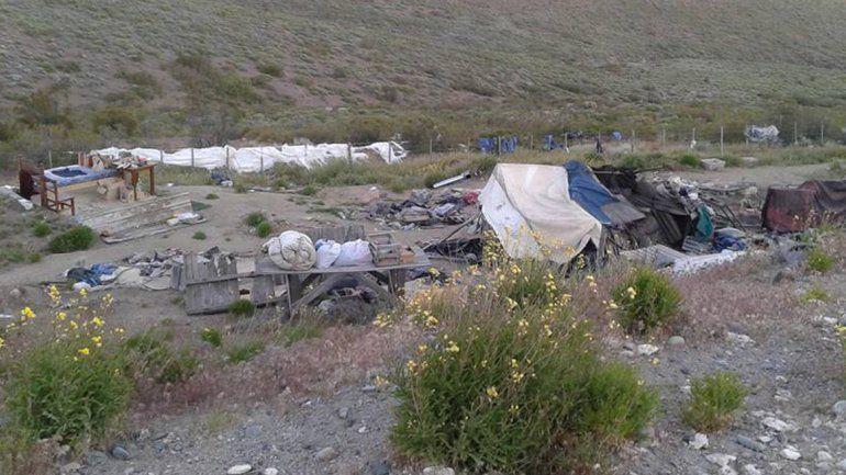 El ermitaño de Collón Curá se quedó sin casa porque el viento se la llevó