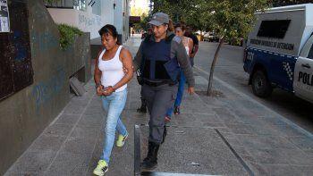 Silvina Turra, camino a una de las audiencias de acusación.