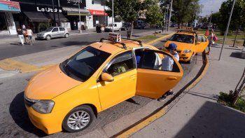 Atrapan a taxista y pasajero con cocaína en un operativo