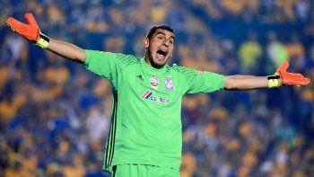 Guzmán atajó los penales ante América y salió campeón